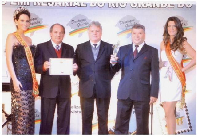 rodotecnica-conquista-merito-empresarial-do-rio-grande-do-sul-2011_6_247.jpg